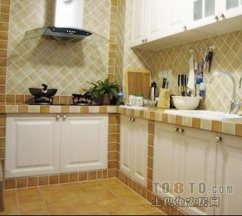 用瓷砖做橱柜