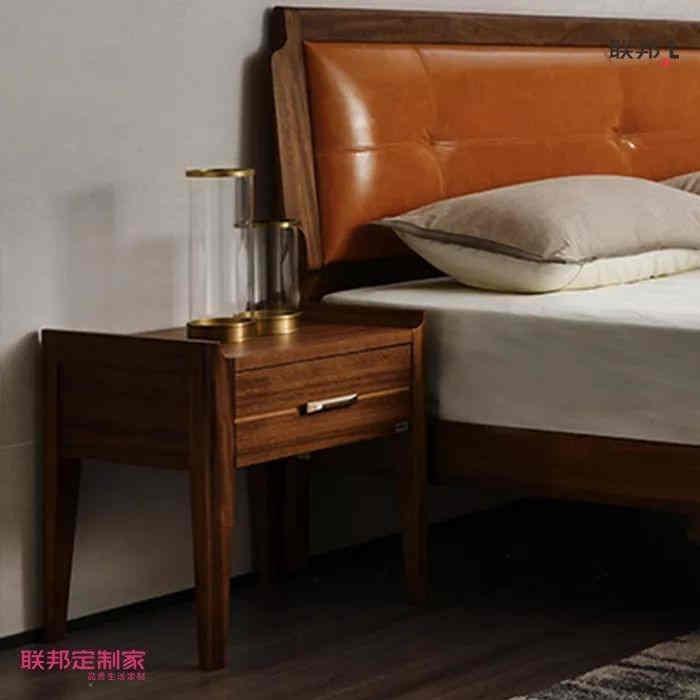 联邦定制家 | 轻奢床头,横竖都是美
