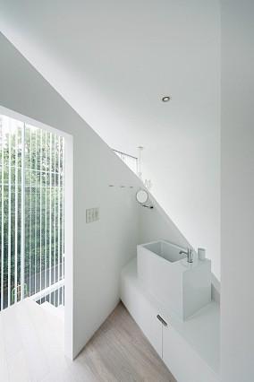 简约风格复式楼洗手间装修效果图