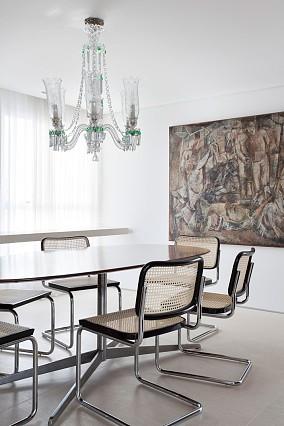 现代时尚三居室餐厅装修效果图大全2014图片