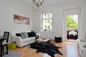 热门混搭小户型客厅装修效果图片