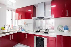 小户型厨房整体橱柜装修效果图
