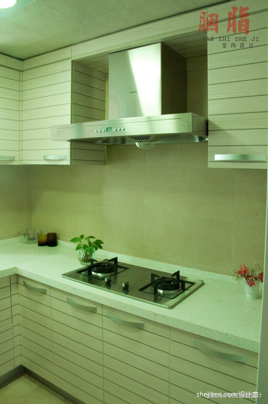 质朴99平混搭四居厨房装修美图餐厅潮流混搭厨房设计图片赏析