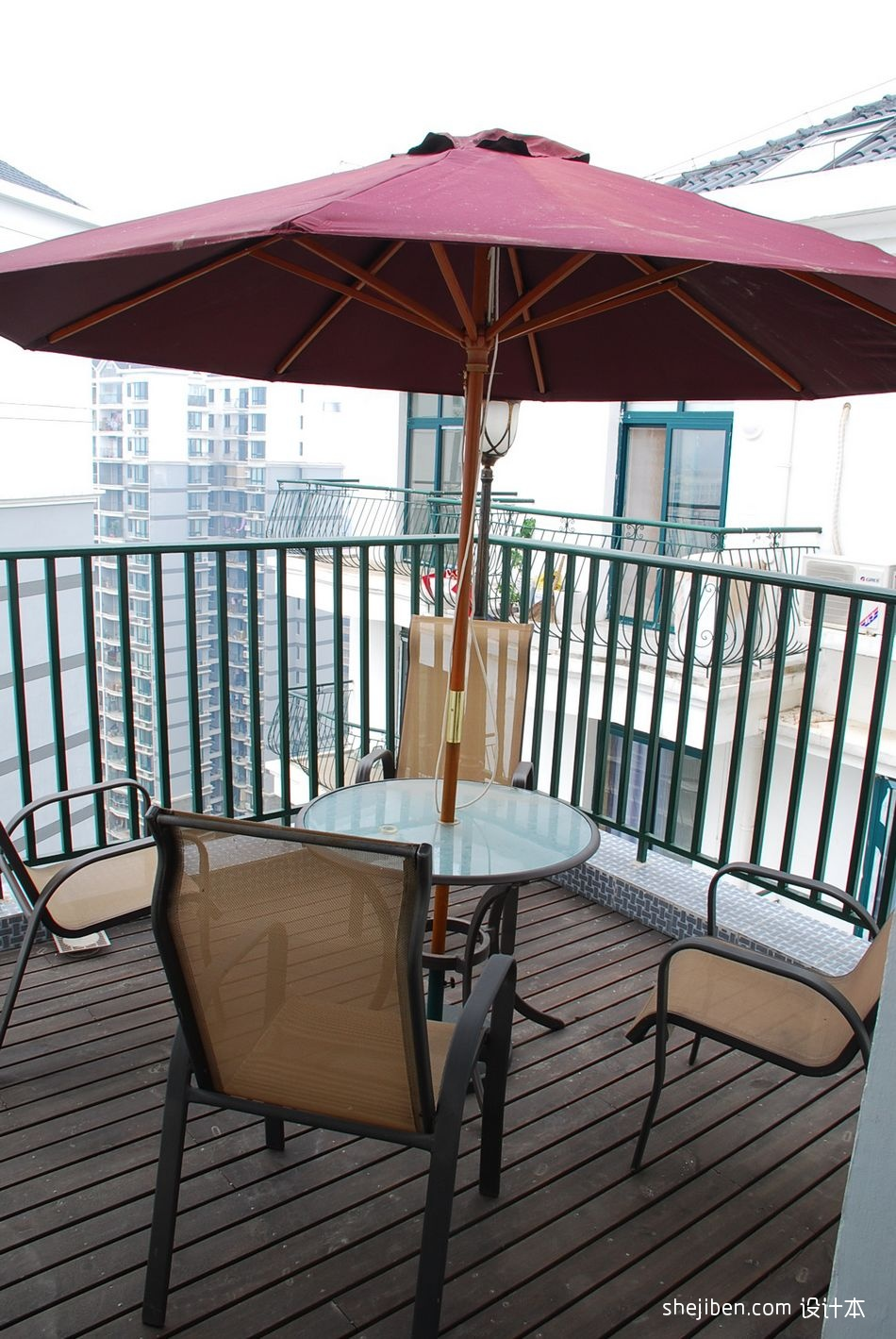 风尚波普打造香艳美屋阳台休闲区装修效果图设计图片赏析