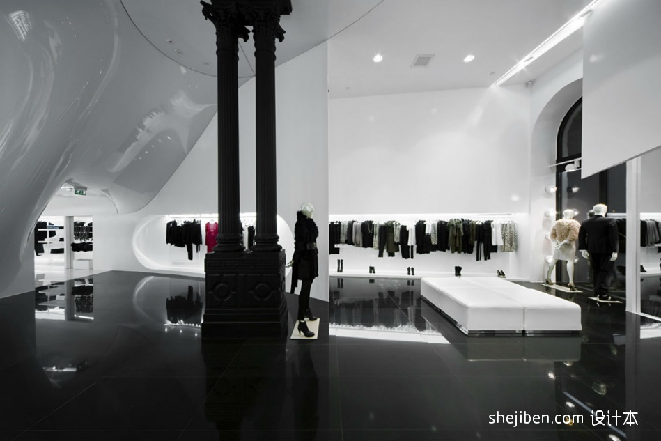 时尚服装店面装修效果图片设计图片赏析
