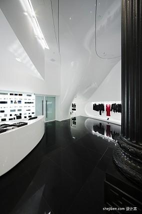 女服装店面装修设计效果图片