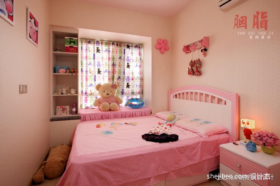 温馨72平混搭三居卧室设计案例卧室窗帘潮流混搭卧室设计图片赏析