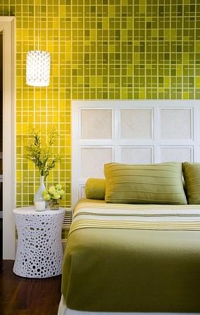 鲜绿色卧室背景墙装修效果图