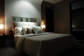 现代风格纯白卧室背景墙效果图