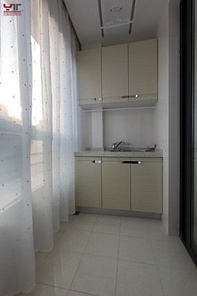 田园风格90平两室一厅阳台装修效果图