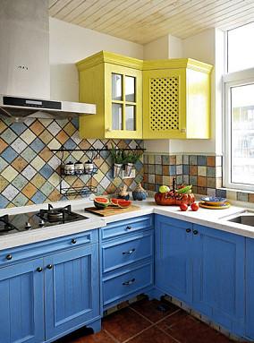 地中海风格色彩厨房橱柜装修效果图
