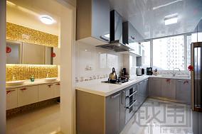 现代风格婚房厨房装修效果图