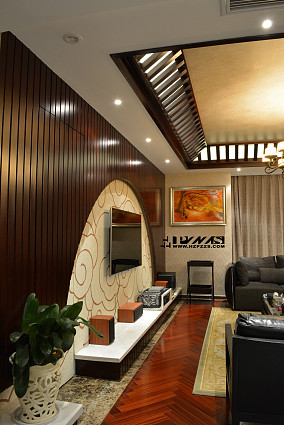 新中式风格客厅半圆形电视背景墙装修效果图