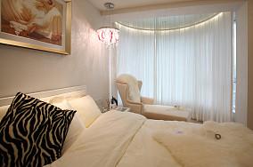 现代风格卧室窗户纱帘图片