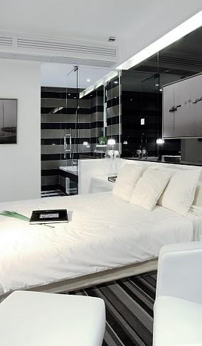 精选二居卧室现代装修实景图片欣赏
