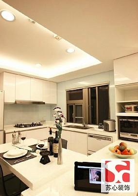 简约家居半开放式厨房效果图