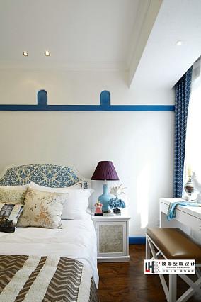 地中海风格装修卧室效果图