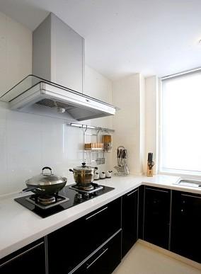 现代简装厨房灶台装修效果图