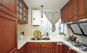 美式风格小厨房装修效果图