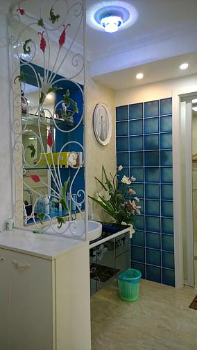 混搭风格二居室婚房卫生间玄关隔断效果图