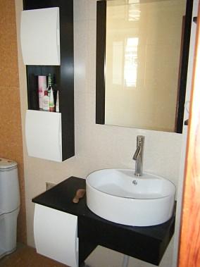 简约风格小户型家装卫生间洗手盆装修效果图