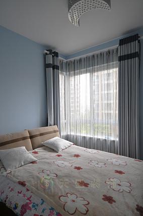 简约风格小户型时尚卧室装修效果图