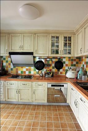 精美小户型厨房田园装修设计效果图片欣赏