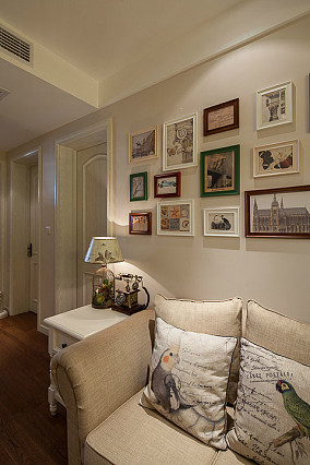 面积72平美式二居客厅装修图