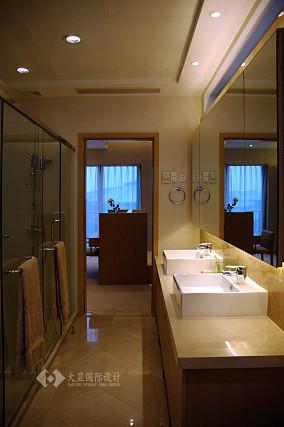 精选74平米简约小户型卫生间效果图片欣赏