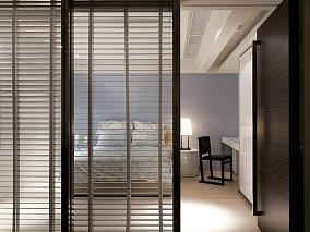 现代卧室隔断门装修效果图