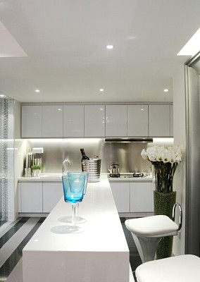 现代小户型厨房装修实景图片欣赏