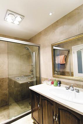 精选面积81平小户型卫生间美式装修效果图片欣赏