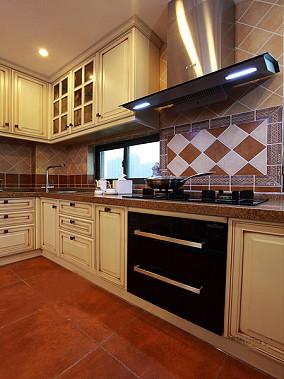 热门82平米欧式小户型厨房装修效果图片欣赏