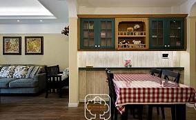 美式风格餐厅隔断墙装修效果图
