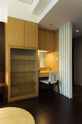 现代公寓室内书房隔断设计效果图