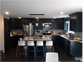 现代风格厨房设计效果图片