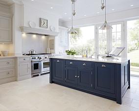 简单欧装厨房设计图