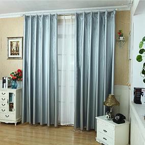灰白两层窗帘图