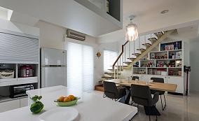 家居现代格调复式楼装修图