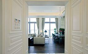 简约客厅壁橱装修图