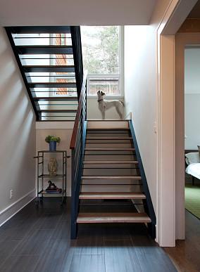 室外旋转楼梯效果图