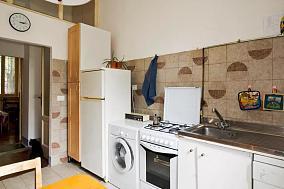 复古风格温馨厨房效果图