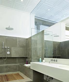 小户型卫生间玻璃隔断