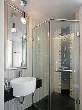 卫生间装玻璃隔断