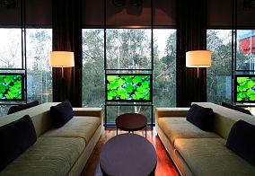 创意简约玻璃电视背景墙