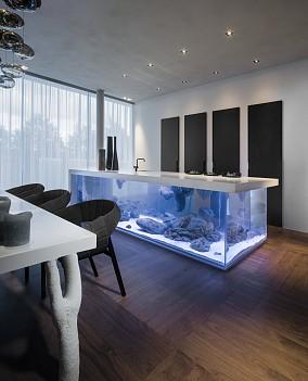 个性钢化玻璃厨房