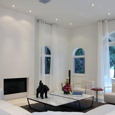 客厅白色浪漫背景