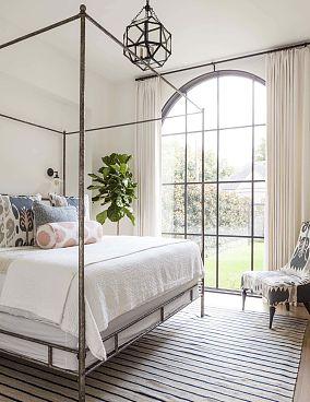 卧室落地窗改造装修案例