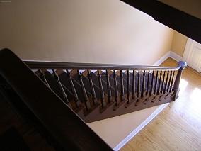 黑色楼梯扶手