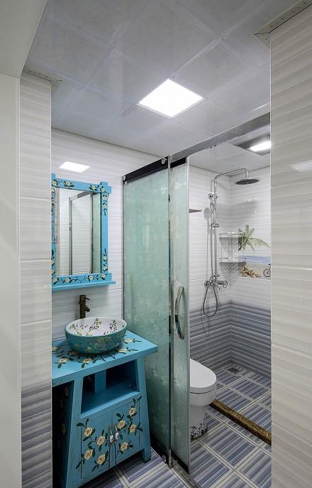 小户型巧设计让家充满地中海的气息卫生间